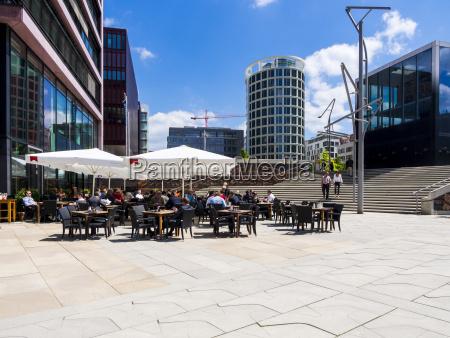 deutschland hamburg hafencity magellan terrassen sandtorkai