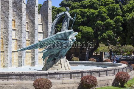 denkmal monument baum statue skulptur spanien
