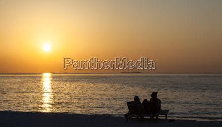 urlaub urlaubszeit ferien sonnenuntergang tourismus strand
