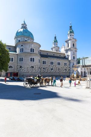 austria salzburg salzburg cathedral with residenzbrunnen