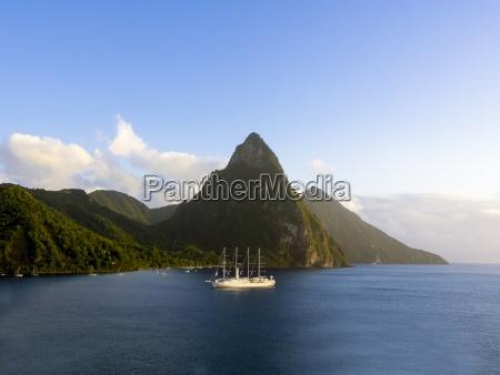 karibik st lucia segeln kreuzfahrtschiff wind