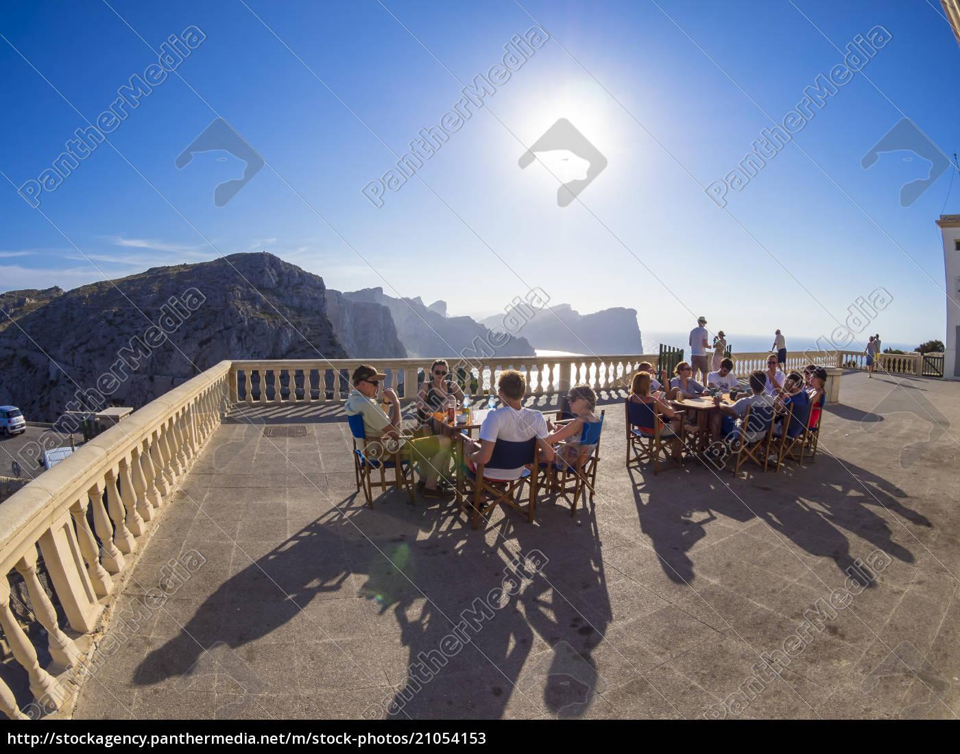 spanien, mallorca, cap, formentor, junge, menschen, sitzen, auf, der - 21054153