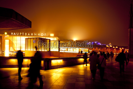 germany cologne central station at night