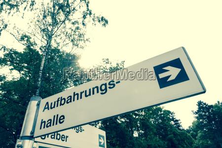 tod baum austria trauer trauernd outdoor
