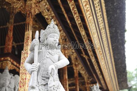 indonesia bali pura tirta empul statue