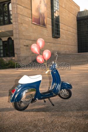 vespa with ballons as birtday present