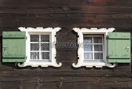 schweiz grindelwald fassade aus traditionellem rahmenhaus