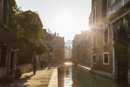 italien venedig kanal im bezirk dorsoduro