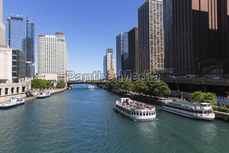 usa illinois chicago tourboats on chicago