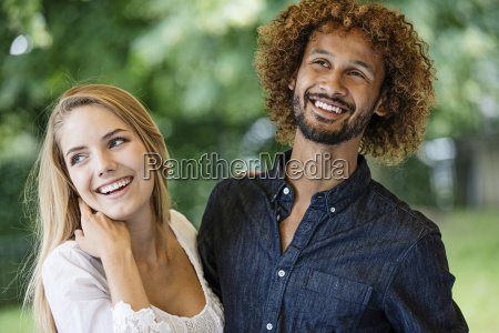personas gente hombre risilla sonrisas ocio