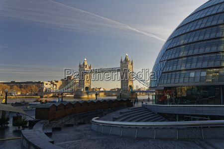 uk london city hall and tower