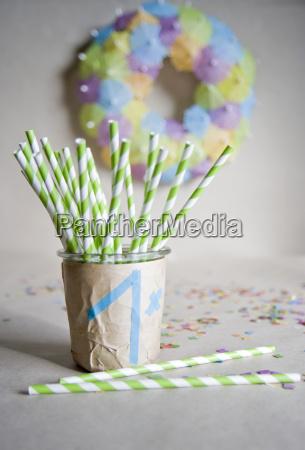 selv lavet dekoration til borns fodselsdagsfest