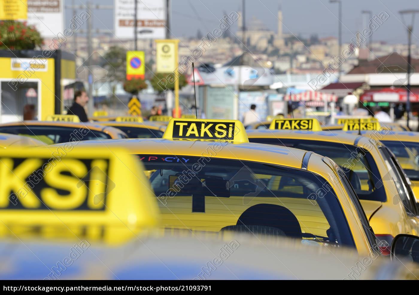 türkei, istanbul, gelbe, kabinen, im, verkehr - 21093791