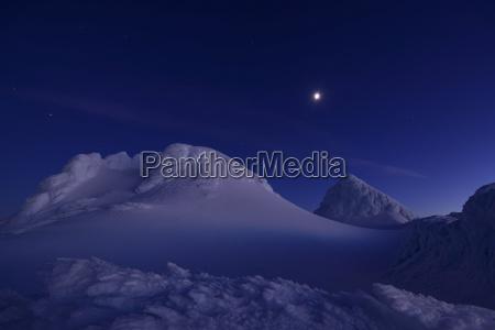 new zealand view of mount taranaki