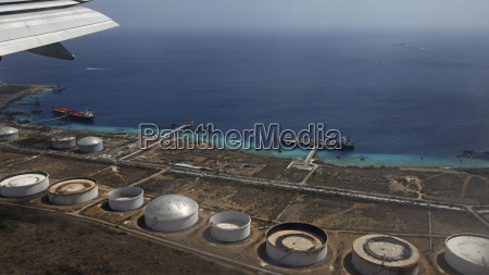 curacao willemstad oil harbor