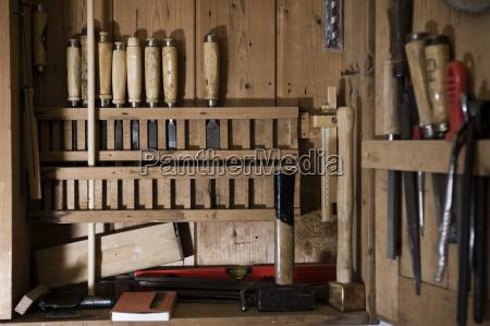 werkzeug musik musikinstrument arbeitsstaette holz bayern