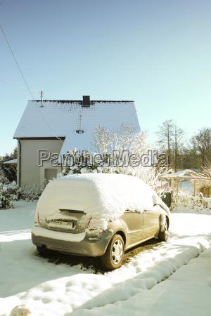 deutschland bergisches land schnee auf dem