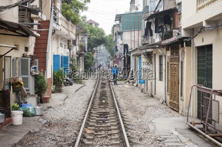 vietnam hanoi railway line through the