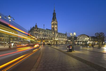 germany hamburg city hall at night
