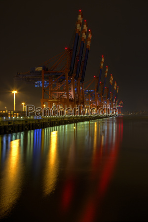 deutschland hamburg containerhafen burchardkai bei nacht