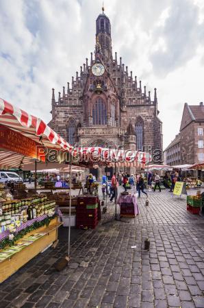 deutschland bayern nuernberg blick auf marktplatz