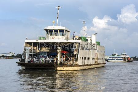 vietnam an giang car ferry on