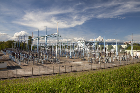 industrie energie strom elektrizitaet frankreich outdoor