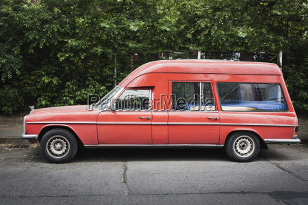 red old mercedes w114 w 115