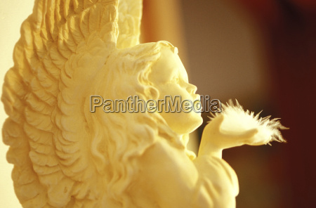 angel statue close up