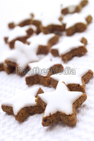 zimtsterne traditional german christmas confectionary