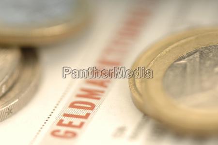 euro monter pa forretningstids skrift