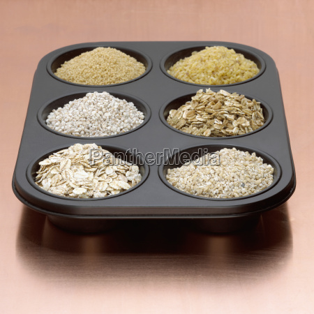 variety of oat bran in baking