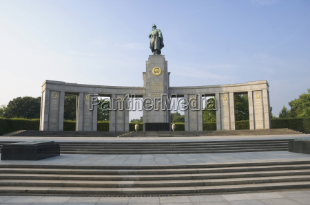 germany berlin soviet war memorial