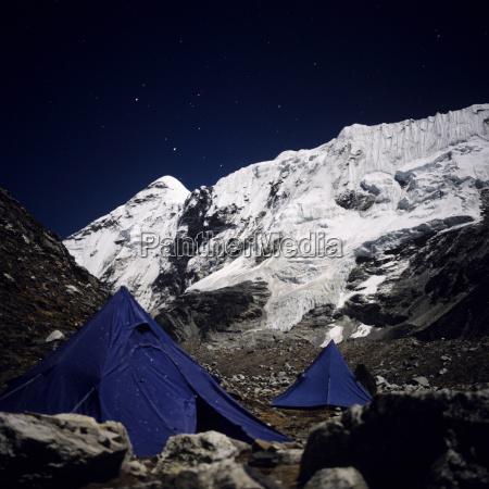 nepal solo khumbu island peak with