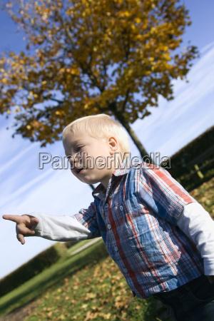 little boy 2 3 years gesturing