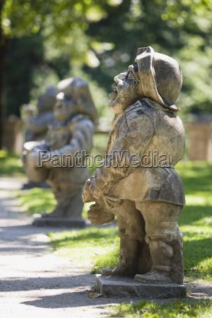kunst park statue skulptur austria europa