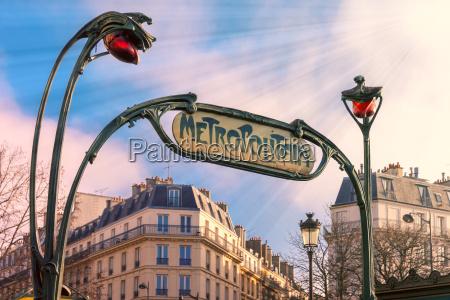 art nouveau eingang zeichen der pariser
