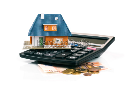grundsteuer und hypothekenkonzept hausmodell auf
