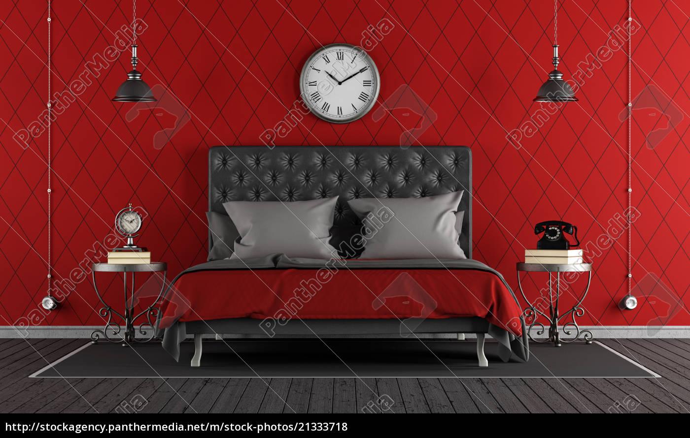 Stock Bild 21333718 - schwarzes und rotes klassisches schlafzimmer