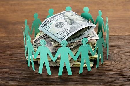cut-out, figuren, um, den, hundert, dollarschein - 21352187