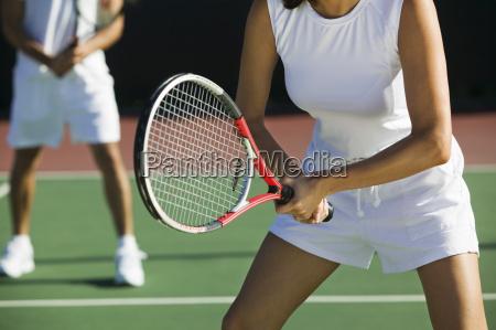 mittelteil von mixed doubles tennisspieler auf
