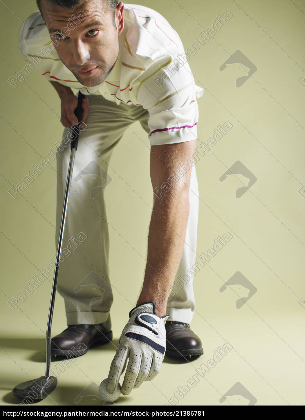 golfer, with, club, and, ball - 21386781