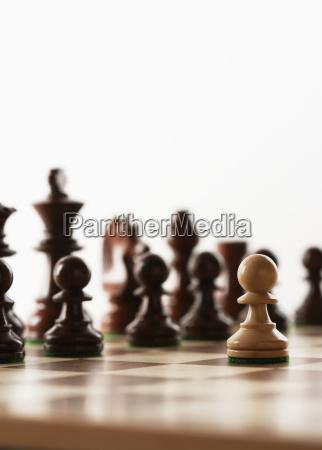 schach spiel ein weisses stueck vor