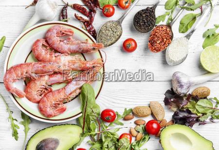 large shrimp and seasonal vegetables