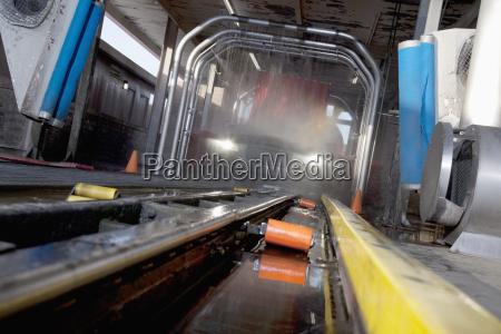 bewegung regung positionsaenderung translokation verschiebung industrie