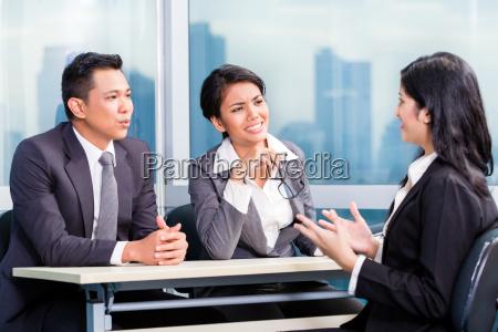 asiatische rekrutierung team einstellung kandidat