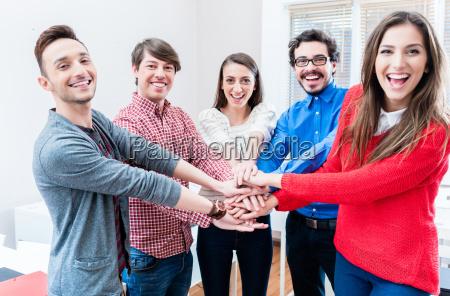 studenten in der universitaet oder hochschule