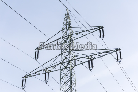 overhead line with earth cables and
