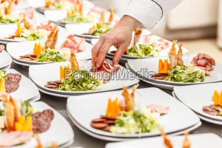 restaurant kueche teller party feier fest