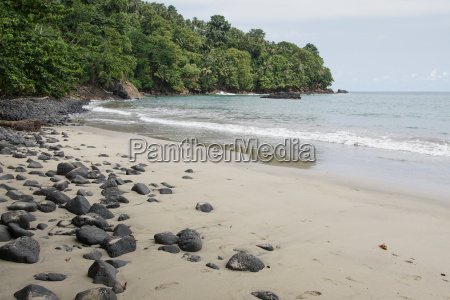 strand praia micondo sao tome and